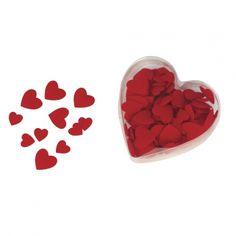 Romantisch voor Valentijn! Luxe velours strooihartjes rood. Set van 100 rode strooihartjes van velours in een hartvormig pvc doosje. De strooihartjes hebben twee formaten: ongeveer 13 en 20 mm groot. Een leuk alternatief voor rozenblaadjes.