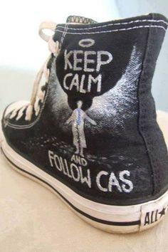 The only converse id actually wear! Supernatural Shoes, Supernatural Merchandise, Supernatural Crafts, Casual Cosplay, Misha Collins, Do It Yourself Fashion, Fandoms, All Star, Sam Winchester