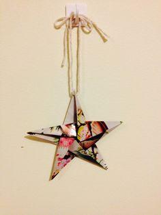 Magazine origami Christmas decoration by Lady EcoCraft