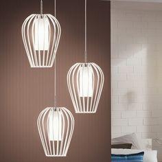 Filigrane LED Pendelleuchte Vencino aus Stahl in weiß/ chrom, Glas satiniert, 3-flammig, ungleiche Längen