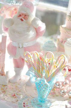 glamorous-pastel-christmas-decor-ideas-5.