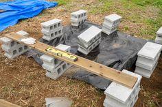 予算3万円でも見栄えよし。DIYウッドデッキのシンプルな作り方   くらのら Diy Deck, Wood, Green, Crafts, Ideas, Manualidades, Woodwind Instrument, Timber Wood, Wood Planks