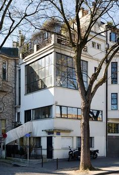 Le Corbusier, Ozenfant studio shot '24, built '22 53 Rue Reille Vaucresson, Paris