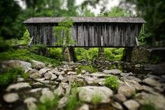 Pisgah covered bridge in Randolph County, North Carolina. One of two original covered bridges still left in the state. Abandoned Houses, Old Houses, Old Bridges, Oregon Living, North Carolina Homes, World Pictures, Old Barns, Covered Bridges, Beautiful World