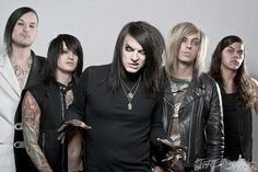 LAYTON BAND GET SCARED IS ROCKING AMERICA! http://punkpedia.com/news/layton-band-get-scared-is-rocking-america-6876/