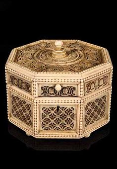 Russian Ivory Box  Early 19th Century