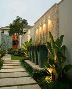 Have you just bought a new or planning to instal landscape lighting on the exsiting house? Are you looking for landscape lighting design ideas for inspiration? I have here expert landscape lighting design ideas you will love. Modern Landscape Design, Modern Landscaping, Backyard Landscaping, Landscape Architecture, Backyard Ideas, Fence Ideas, Patio Ideas, Landscaping Ideas, Hydrangea Landscaping