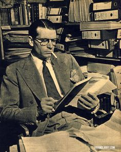 Laurence Olivier reads.