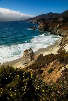 Scenic view of ocean off the pacific coast highway in Northern California Stock Photo