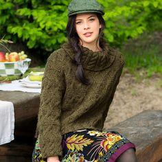 Короткий свитер с большим воротником - схема вязания спицами. Вяжем Свитеры на Verena.ru