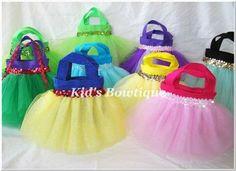 CUTE IDEA for Disney Princess Birthday party favors!