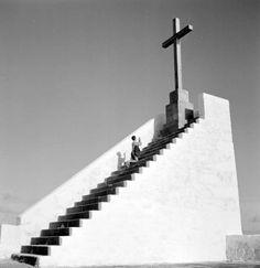 """arturpastor:  """"Série """"Geometrias e composições"""". Capela da Nossa Senhora da Guia, Vila do Conde. Décadas de 50/60.  """""""
