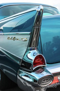 Bel Air Tail Fin - Fine Art Photograph by Colleen Kammerer~~Tail fin on vintage 1957 Chevy Bel AirFEATURED IN:* All Automotive Art* USA Photographers* Colors Blue Turquoise Photography* First Friday Gallery Chevrolet Bel Air, 1957 Chevy Bel Air, Auto Retro, Retro Cars, Fancy Cars, Photo Bleu, Old Vintage Cars, Classy Cars, Old Classic Cars