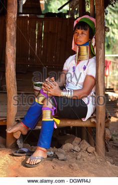 Long-necked Padaung woman wearing neck rings, hill tribes, Chiang Rai, Northern Thailand, Thailand, Asia - Stock Image