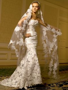 Spanish Style Lace Veil #Wedding #Dress. @Celebstylewed | Wedding ...