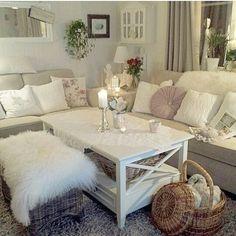 Table, decor