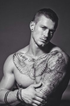 There's just something about a good looking guy with ink!