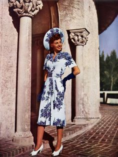 I so adore vintage dresses with matching hats like this beautiful set from 1946.