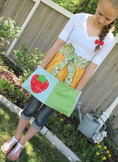 "Bee In My Bonnet: ""Easy as Pie!"" Vintagey Apron ....a New Pattern..."