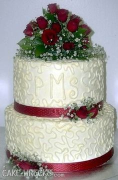 21 Hilarious Wedding CakeFails