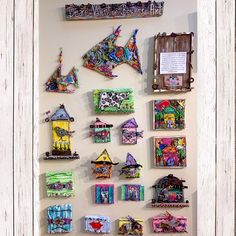 A few small pieces of mine on display in a wonderful gallery called The Art Mecca. All made from 100% recycled and reclaimed objects. Imagine if I had not collected those found objects how much trash there would be! Recycle, Reuse and Reduce! #EcoFriendlyArt #UpcycledArt #BeGreen #ZeroWaste #salvaged #reclaimed