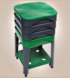 lombricomposteur fait maison astuces et recyclage. Black Bedroom Furniture Sets. Home Design Ideas