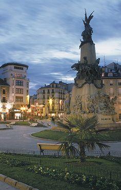 Plaza de la Virgen Blanca Vitoria-Gasteiz