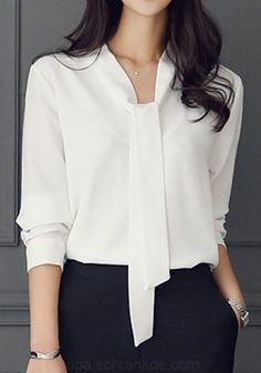 design of blouse sleeves - design of blouse ; design of blouse patterns ; design of blouse back ; design of blouse indian weddings ; design of blouse sleeves Stylish Work Outfits, Office Outfits, Classy Outfits, Mode Outfits, Fashion Outfits, Fashion Clothes, Fashion Ideas, Fashion Tips, Blouse Outfit