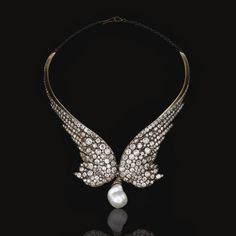 XIX century necklace of diamonds and baroque pearl