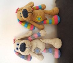 This Pin was discovered by Eva Crochet Teddy, Crochet Patterns Amigurumi, Amigurumi Doll, Crochet Dolls, Knit Crochet, Crochet Crafts, Crochet Projects, Handmade Stuffed Animals, Crochet Slippers