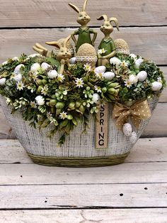 Easter Wreaths, Easter Crafts, Happy Easter, Table Decorations, Spring, Home Decor, Easter Activities, Happy Easter Day, Decoration Home