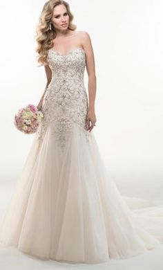 Sample Maggie Sottero Sasha Wedding Dress $1,575 CAD. Buy it PreOwned now and save 30% off the salon price!