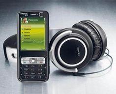 Nokia N73.  (2006)