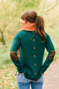 Back Button Elbow Patch Green Cardigan With Casual Jeans