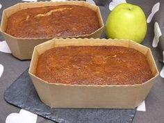 Pan di Spagna integrale con mela e farina d'avena - Mis c Sweet Recipes, Cake Recipes, Sweet Corner, Biscuit Bread, Pan Dulce, Sin Gluten, Food Lists, Yummy Cakes, Cupcake Cakes