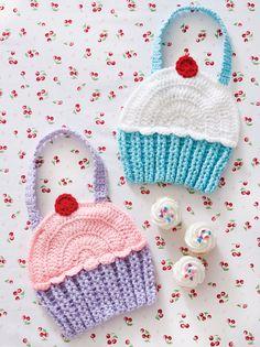 Cupcake Bibs | crochet today