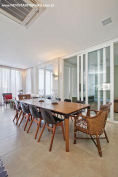 Este projeto de interiores,assinado pelo escritório de Sandra Bergo, garantiu funcionalidade e muita luz natural à residência. Veja o projeto completo no site: http://www.comore.com.br/?p=25205  #revistainterarq #interarq #circulacaofluida #sandrabergo #saladejantar #interarqinteriorsp #arquitetura #architecture #archdaily #cool #contemporary #decor #design #decoration #home #homestyle #instadecor #instahome #homedecor #interiordesign