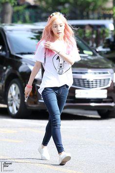 SNSD Taeyeon Kpop Fashion 150710 2015