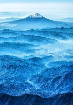 青い山脈、蒼い富士