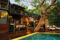 Pretty Beach House in Australia