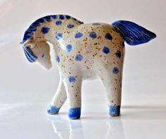 Ceramic horse by Annette Oberwelland Ceramic Birds, Ceramic Animals, Clay Animals, Ceramic Clay, Ceramic Pottery, Horse Sculpture, Sculpture Clay, Pottery Animals, Sculptures Céramiques