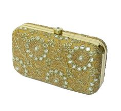 #GOLD #BOX #CLUTCH #bag #Floral gold #minaudiere Beige by iThinkFashion Big Handbags, Handbag Stores, Designer Clutch, Bridal Clutch, Wedding Bag, Gold Box, Prom Night, Clutch Bags, Evening Bags