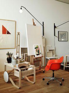 Maison Vitra Artek 4 Appartement Design Studio, Studio Apartment Design, Art Studio Design, Design Studios, Home Art Studios, Art Studio At Home, Art Studio Spaces, Artist Studios, Interior Architecture