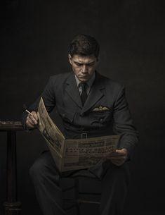 1940 RAF Flight Lieutenant by Glyn Dewis - Photo 244668361 / Best Portraits, Creative Portraits, Studio Portraits, Character Portraits, Senior Portraits, Photography Poses For Men, Portrait Photography, Inspiring Photography, Photography Tutorials