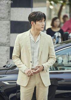 "[Drama] A pictorial starring Ji Chang Wook, ""Maketh Suit King"" Ji Chang Wook Smile, Ji Chang Wook Healer, Korean Men, Asian Men, Asian Boys, Asian Actors, Korean Actors, Korean Actresses, Korean Celebrities"