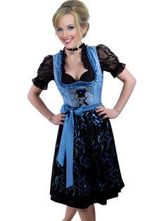 Dirndl Timeless Fashion, Vintage Fashion, Nice Dresses, Summer Dresses, Medieval Dress, Vintage Mode, Sweet Dress, Bavaria, Fashion Outfits