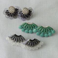 Lisetteのアクセサリー・小物 tamas イヤリングのページです。東京二子玉川のリネンバード、リゼッタ、コホロ、ムーリット、鎌倉オクシモロンの公式オンラインショップ。リネン生地や編み糸、ファッション、作家ものの器を販売。暮らしまわりのアイテムをお届けします。