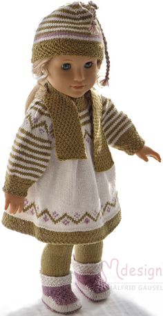 Fits dolls like American Girl doll, Baby Born and Madam Alexander. Baby Born Clothes, Girl Doll Clothes, Girl Dolls, Knitted Dolls Dress Pattern, Doll Dress Patterns, Ravelry, Knitting Dolls Clothes, All American Girl, American Doll Clothes