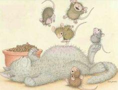 Ellen Jareckie's House Mouse Art