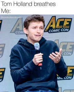 Tom Holland is a smol bean who must be protected